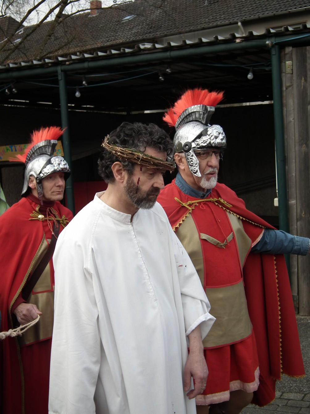 foto 2 - passione vivente - essen - Franco Livadoti nel ruolo di Cristo